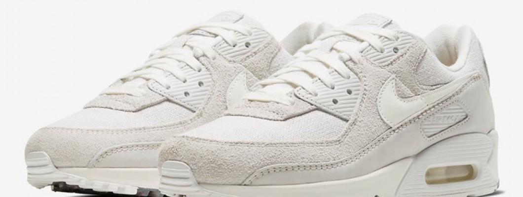 The cork insole is so beautiful! This pair of Air Max 90 looks advanced!